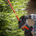 Remington-RM4020-40V-22-Inch-Cordless-Battery-Hedge-Trimmer-0-2