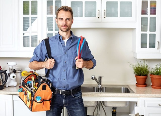 Green Leaf Air - Handyman - Plumber with tools