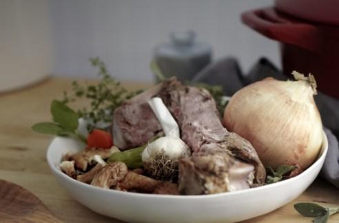 Lamb bone and onion ingredients for Bone Broth
