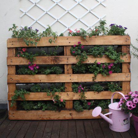 Het nut en de veelzijdigheid van gerecycelde Potten in uw tuin