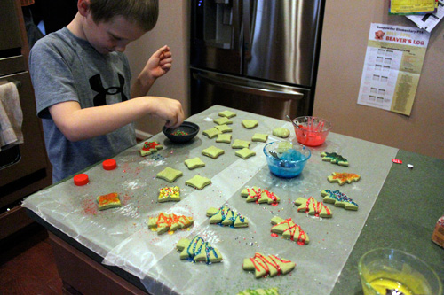 Less-Sugar Sugar Cookies - Decorating