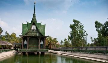 Ένας ναός φτιαγμένος από μπουκάλια μπύρας στην Ταϊλάνδη!