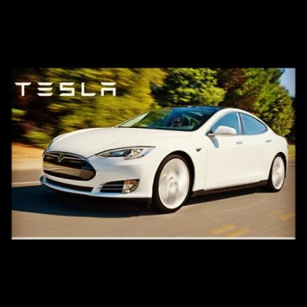 Tesla #electricvehicle #ModelS stores in NY and NJ now!!