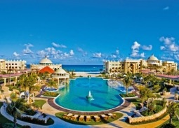 IBEROSTAR Hotels & Resorts recently received the esteemed Green Globe certification for three properties in Jamaica and five in Mexico.