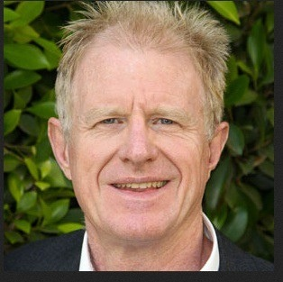 The Chairman of the Green Board, Mr Ed Begley Jr graced the Green Living Guy Show airwaves. What an amazing fun and informative interview.