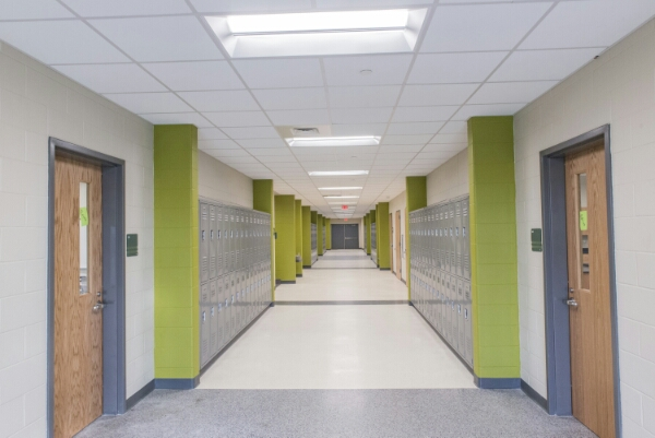 Lighting one of the First Energy-Positive Schools – Cree