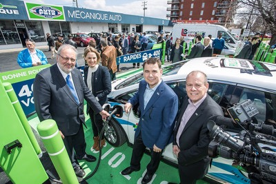×  Pierre Arcand, Minister of Energy and Natural Resources, Elsie Lefebvre, Associate transportation councilor for the City of Montréal Exécutive Committee, Richard Martin, co-chair of Montréal Auto Prix and Sylvain Lamoureux, co-chair of Montréal ...