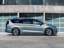 Chrysler Pacifica plugin hybrid