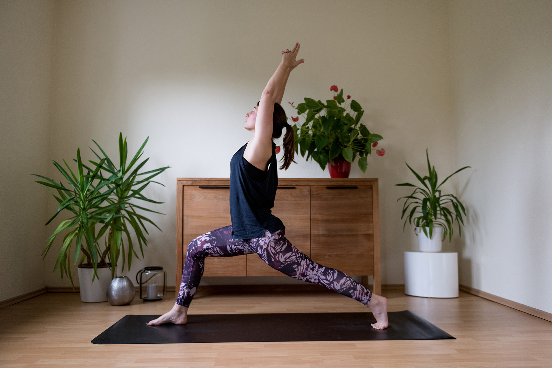 greenlooksgreat-anne-yoga-krieger