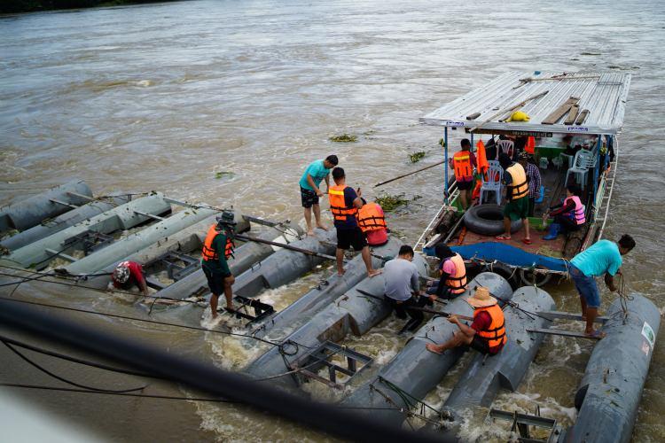 เรือผลักดันน้ำ