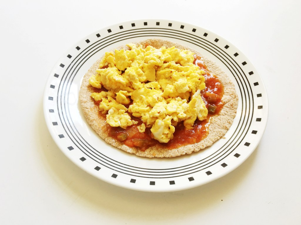 """Skinny-Breakfast-Pizza"""