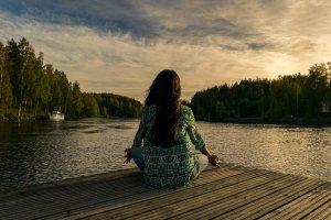 el CBD y el poder de la meditación.