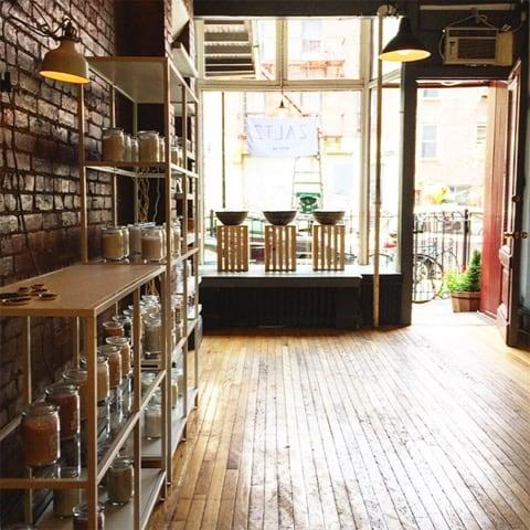 ZALTZ_Store_Inside