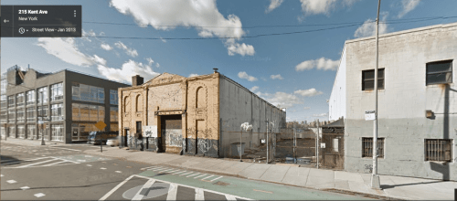 """Con Edison's bulk storage facility at S. 1st and Kent Ave. was the largest in storage capacity. """"Hazardous Neighbors"""" study."""