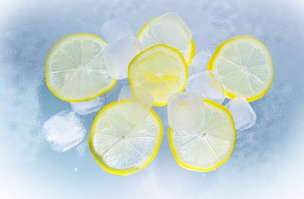 lemon and ice for acne treatment