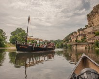 A Gabarre as we arrive in Beynac on the Dordogne river