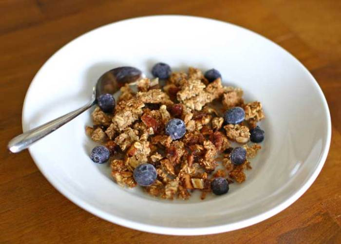 Homemade Vegan Granola Recipe