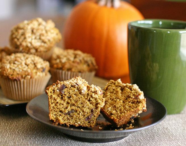 Vegan Pumpkin Oat Date Muffins
