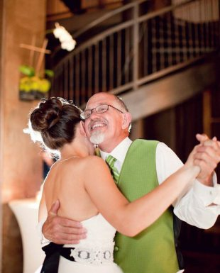 A happy father/daughter dance in the hotel's Social Lobby.