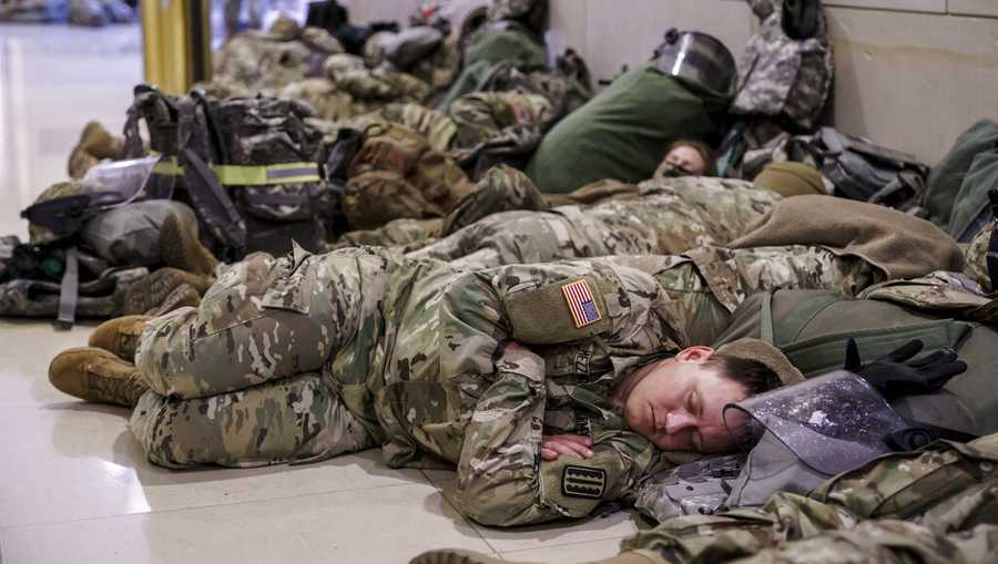 North Carolina lawmaker delivers pizza to National Guard units sleeping in Capitol parking garage
