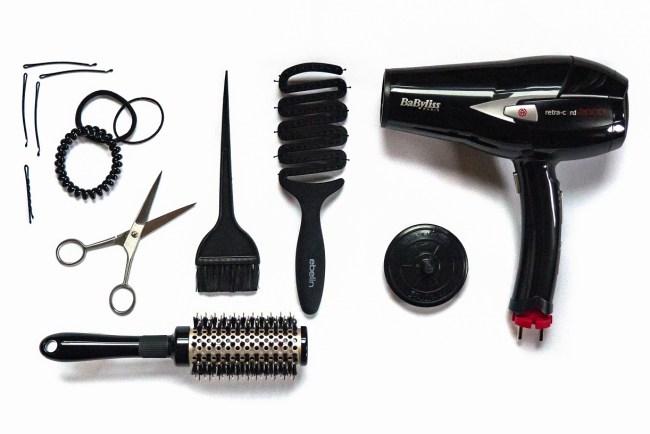 Haarbande Bürsten Haarschere Fön Handwerkszeug