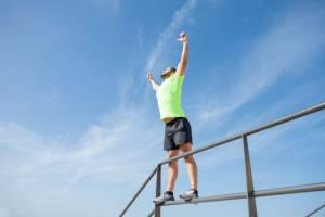 strong man celebratin000g sport success outdoors 1024x682 1 300x200 - فوائد فيتامين د للرجال