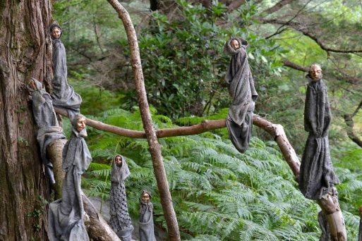 good-moods-and-garden-sculptures-people