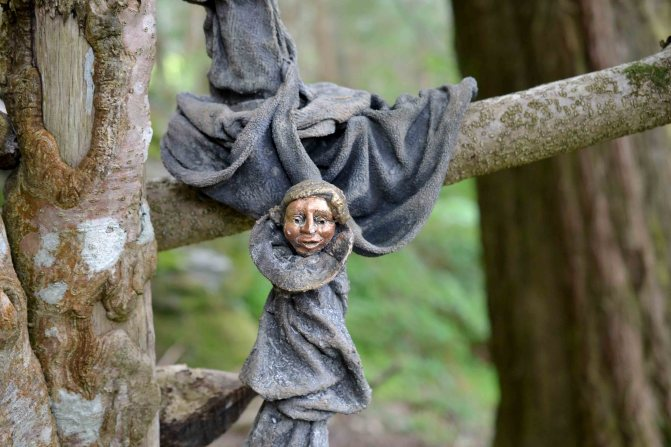 Good moods and garden sculpture
