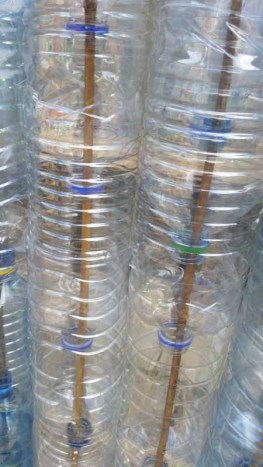 Plastic bottle greenhouse threaded bottles