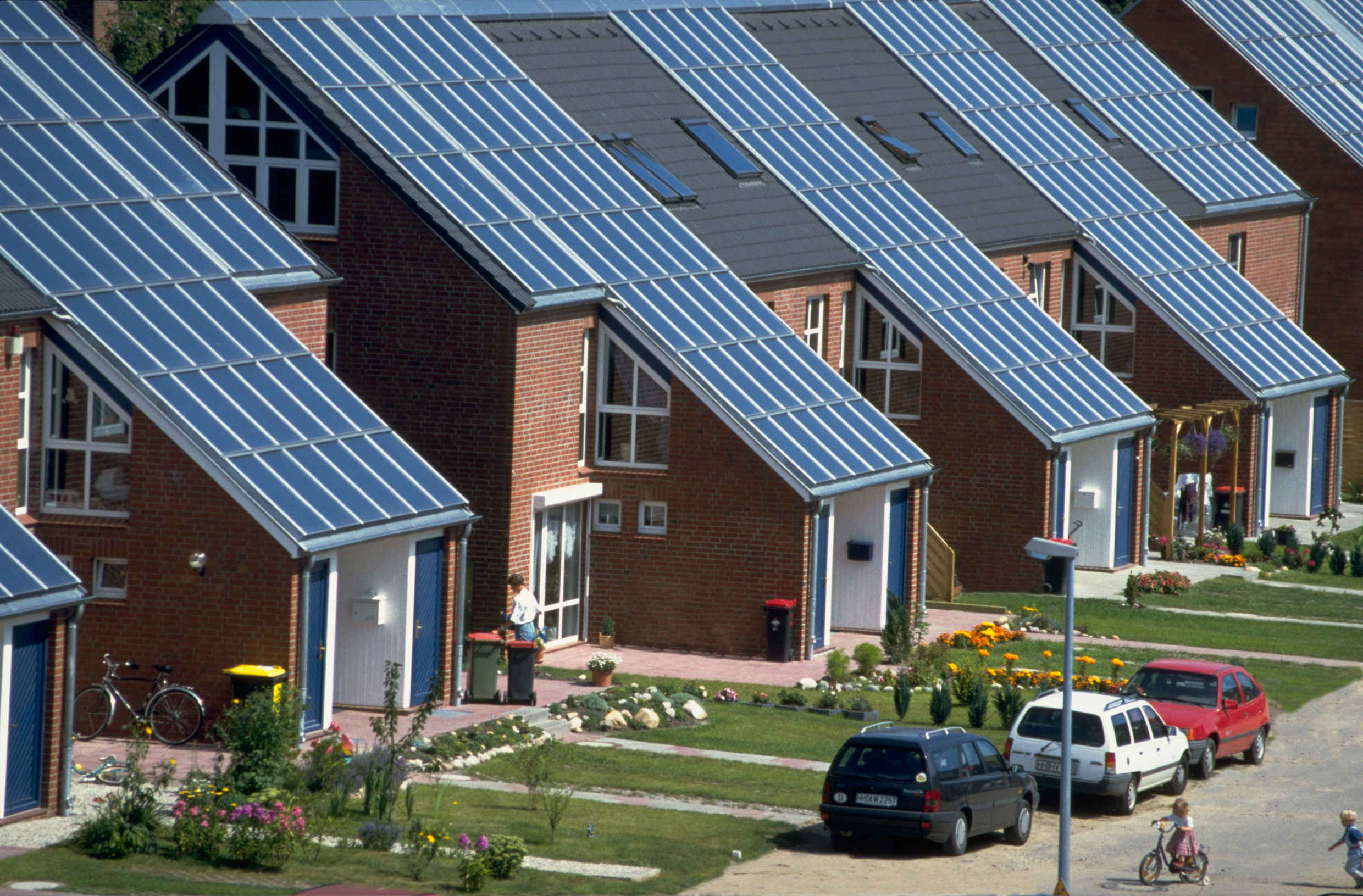 wagnerco-solar-heat-europe-roof-integrated-flat-collectors-v3