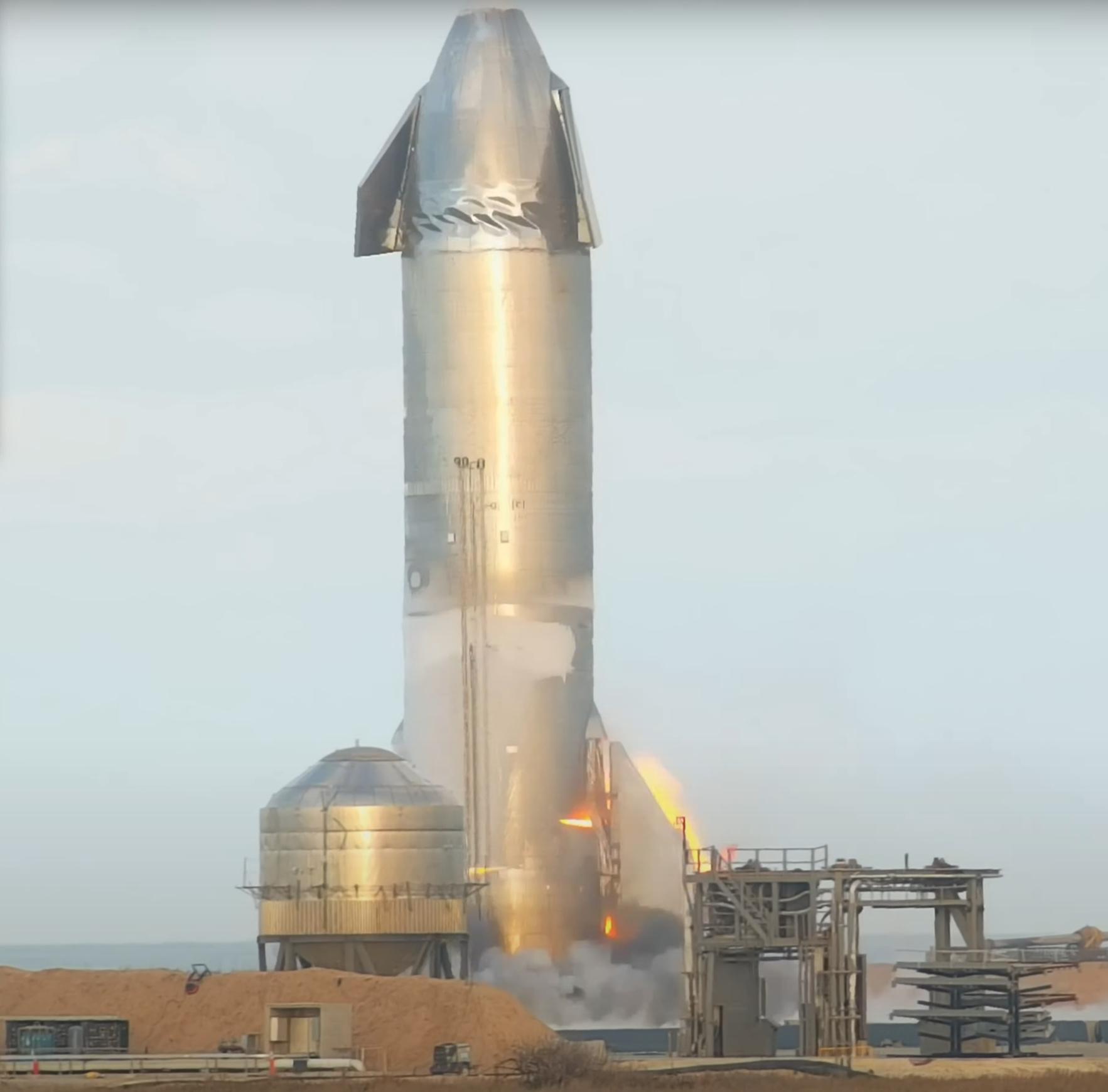 Starship SN10 пожар после приземления
