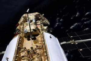 """«Наука» долетела и пристыковалась к МКС. Но её """"приключения"""" на этом не закончились. Случилось ЧП"""