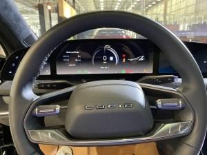 Великолепный электрический седан Lucid Air запущен в серийное производство