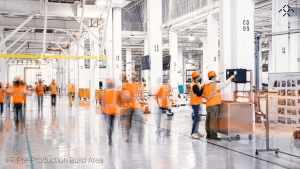 Faraday Future - установка производственного оборудования на заводе в Хэнфорде и информационная война
