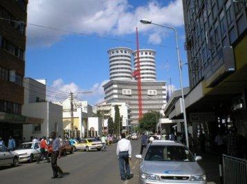 nairobi-street-scene-2