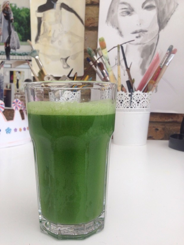 Painting, blogging, green juice = happy me