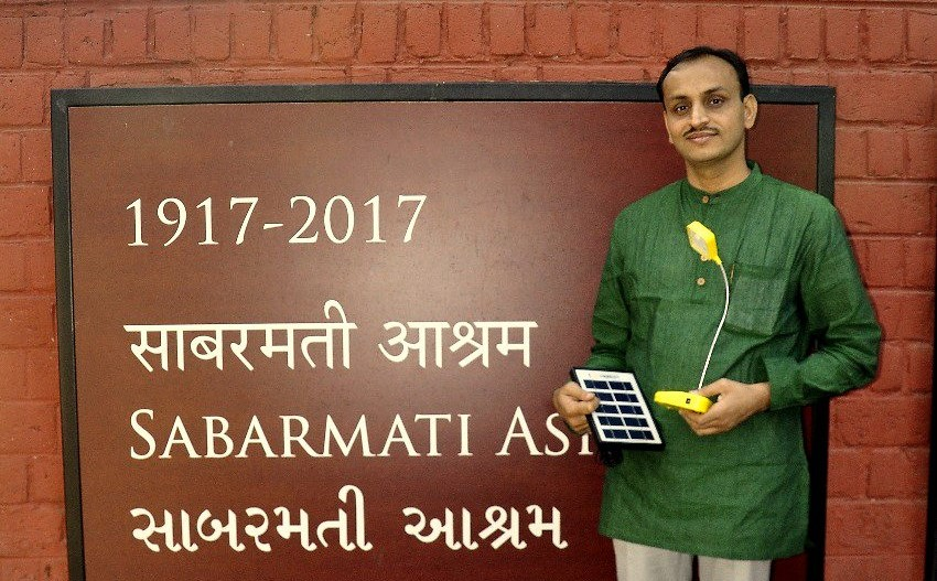 Gandhi Global Solar Yatra: IIT Prof Tours World To Promote Solar Energy