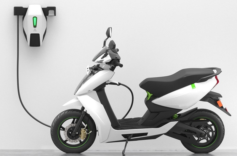 Ather 450 Electric Scooter Warranty Hiked till 3 Years for All Customers