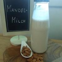 Mandelmilch selber machen / vegan month of food 2013