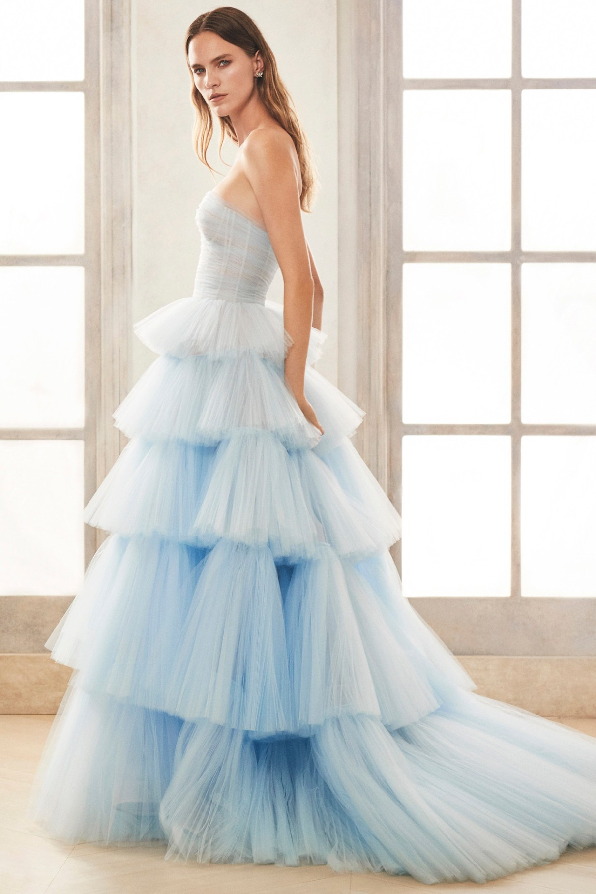 Oscar de la Renta Blue Ruffles Wedding Dress