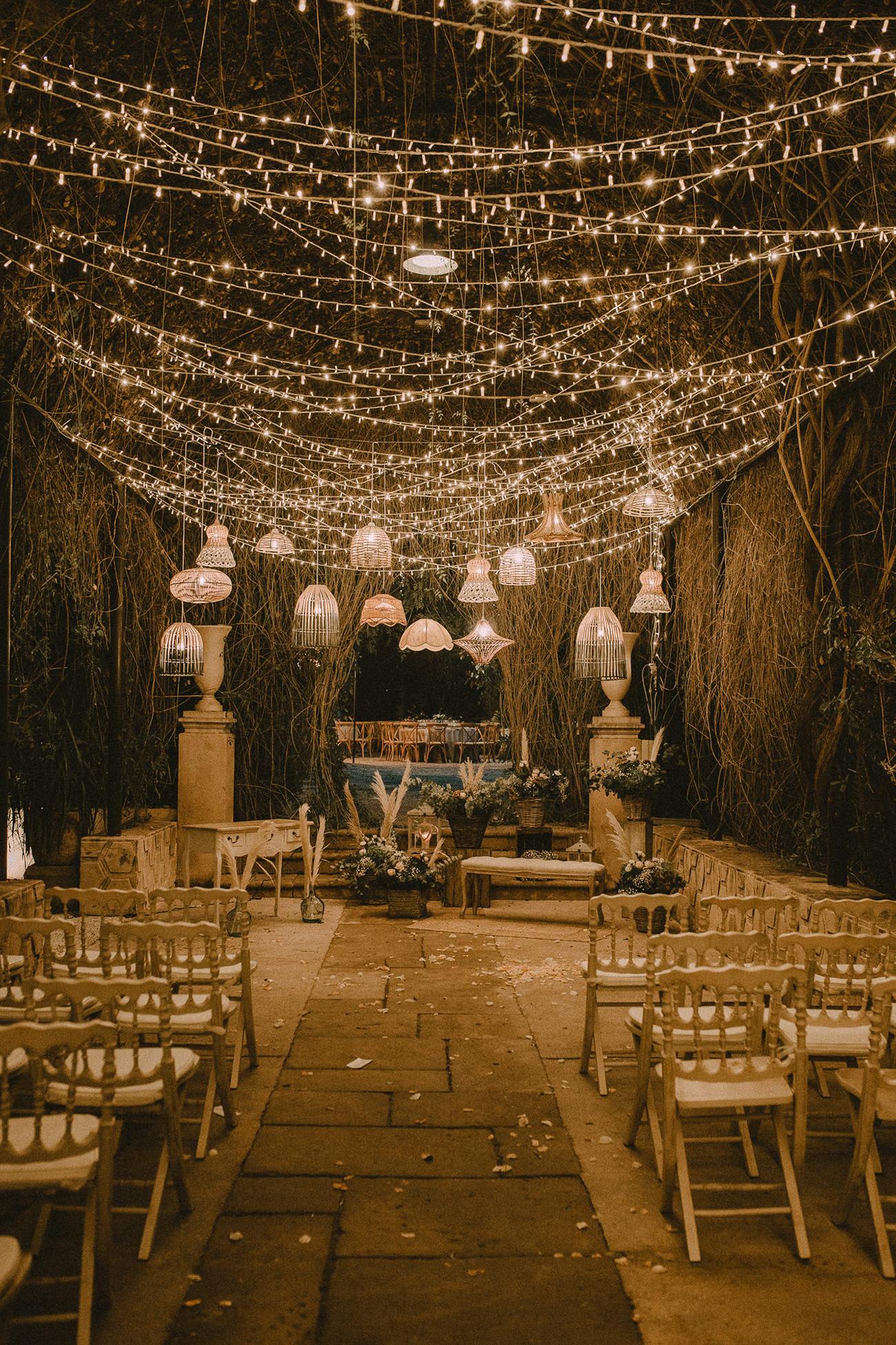 these fairy light wedding ideas will