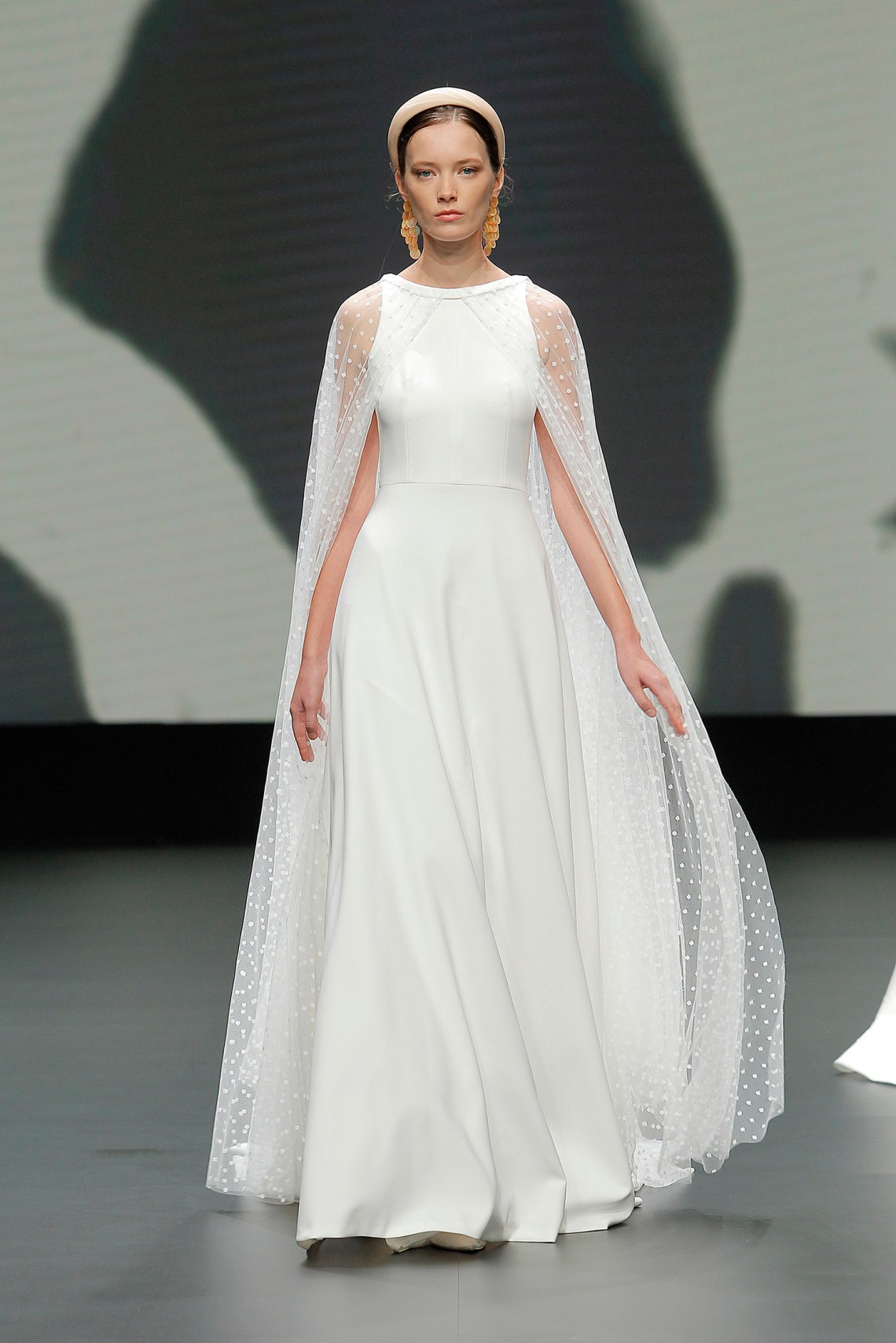The Best 2021 Bridal Trends We Spotted at Barcelona Bridal ...