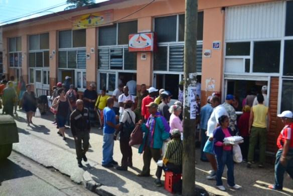 Shopping for eggs in Havana