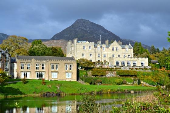 ireland-connemara-ballynahinch-castle-greenwithrenvy-2015