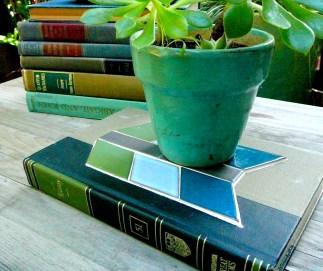 Bibliotile book trivet