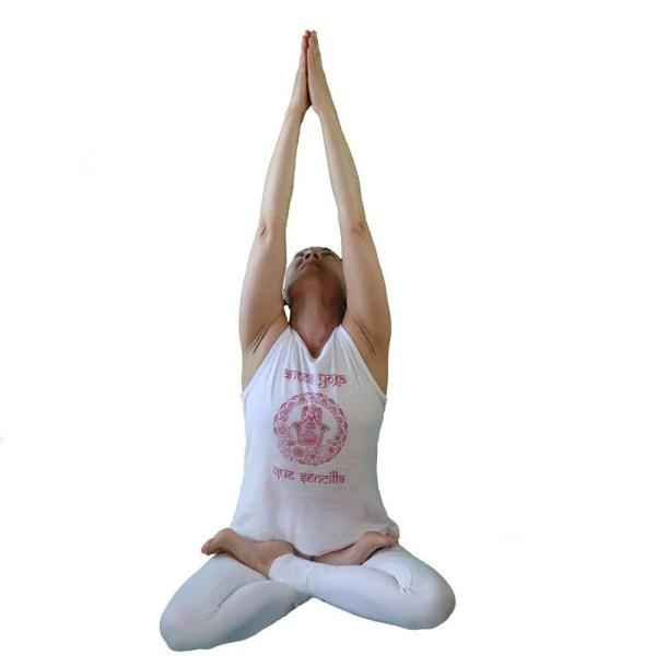 camiseta antes yoga que sencilla blanca y fuscia