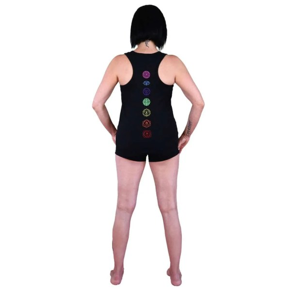 camiseta de tirantes nadadora vegana con OM y 7 chakras espalda