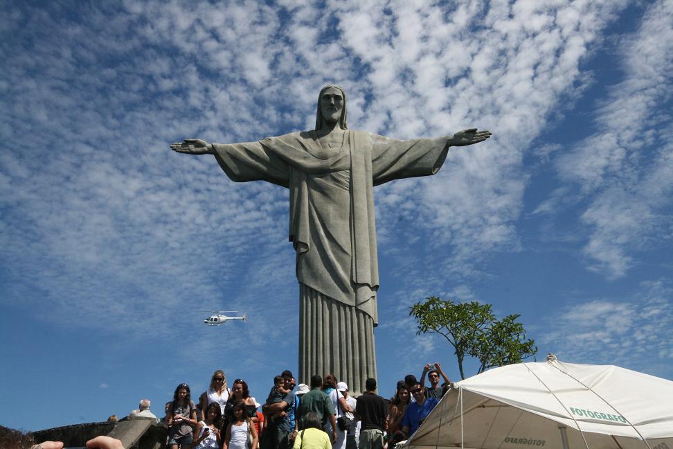 Jungle, Jesus, Beaches, Bikinis & Favelas - a weekend in Rio (4/6)