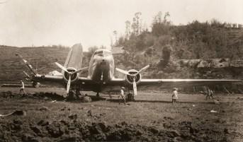 CNAC #46 with its wing blown off at Suifu (Xipin), May 1941