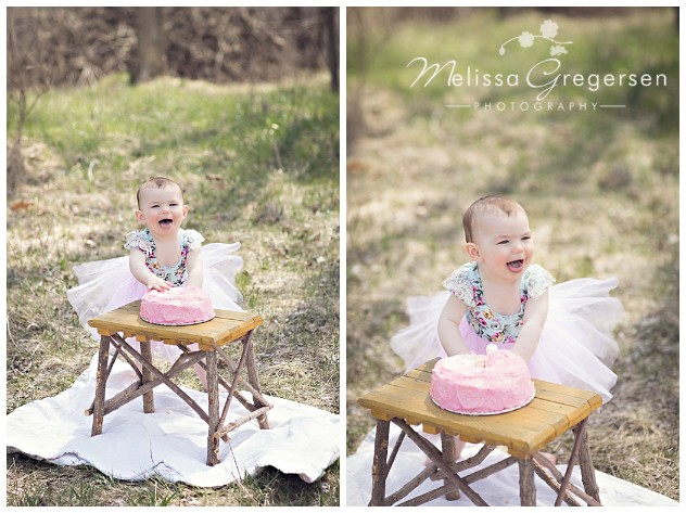 Cake smash photography session outside